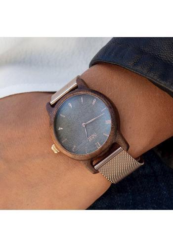 Čierne drevené hodinky s koženým remienkom pre dámy