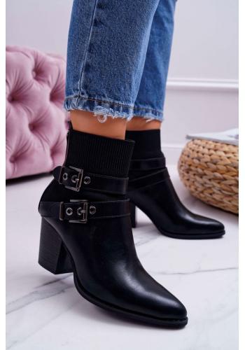 Čierne špicaté topánky na opätku s prackami pre dámy