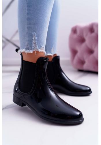 Čierne lakované gumáky pre dámy