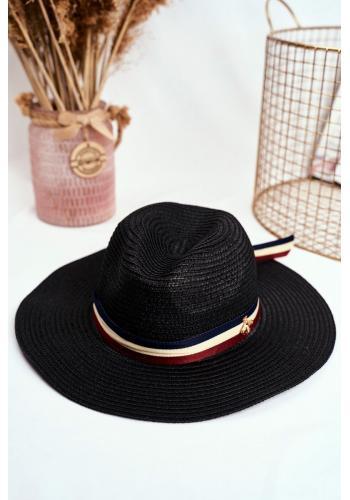 Tmavomodrý módní klobouk na léto se stuhou a zlatou mouchou pro dámy