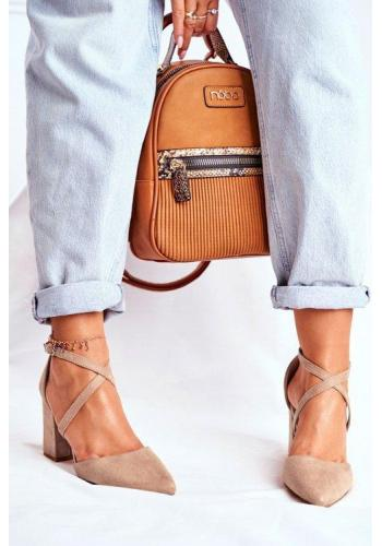 Béžové špičaté lodičky na širokém podpatku pro dámy