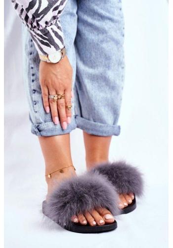 Trendy dámské pantofle s přírodní šedou kožešinou