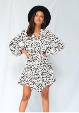 Bílé dámské krátké šaty s dlouhým rukávem a leopardím motivem