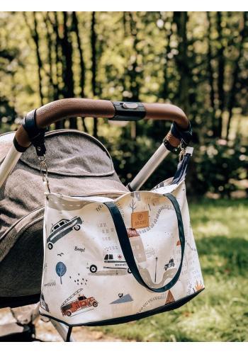 Príručná taška na kočík v bielej farbe s potlačou áut