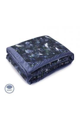 Modrá sametová teplá deka s motivem magického lesa