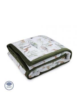 Sametová teplá deka zelené barvy s motivem Savany