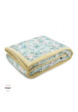 Žlutá sametová teplá deka s tropickým motivem