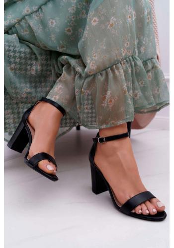 Klasické dámské sandály černé barvy na stabilním podpatku