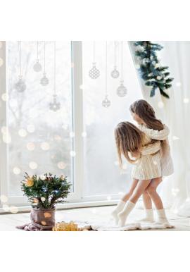 Sada nálepek v podobě vánočních koulí