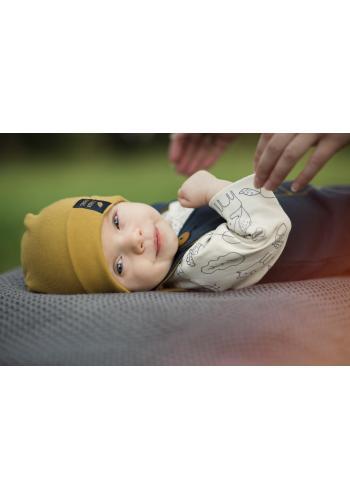 Bavlněná čepice pro děti ve žluté barvě