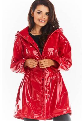 Vinylová dámská bunda červené barvy na podzim