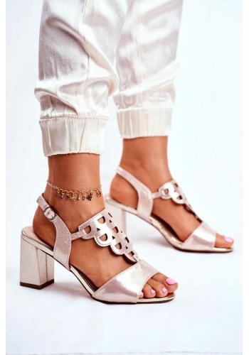 Elegantní dámské zlaté sandály na hrubém podpatku