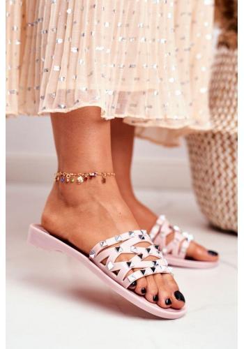 Trendy růžové dámské pantofle s druky