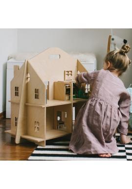 Dřevěný dětský domeček pro panenky