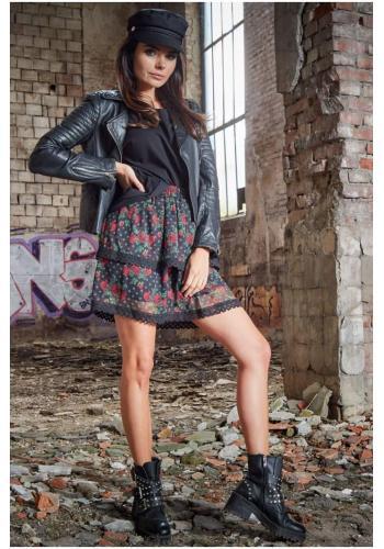 Květovaná dámská sukně černé barvy s krajkou
