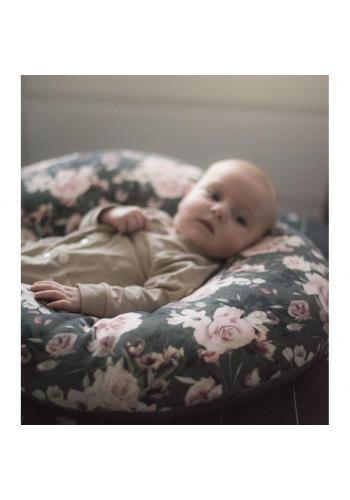 Polštář na kojení ve tvaru C s motivem tropických vibrací