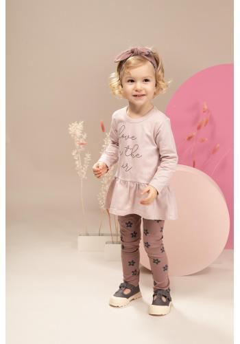 Stylové dívčí legíny růžové barvy s květinovým motivem
