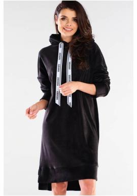 Velurové dámské šaty černé barvy s dlouhým rukávem
