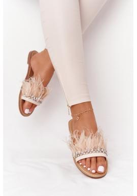 Stylové pantofle zdobené peříčky v béžové barvě