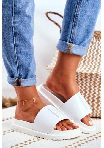Bílé dámské pantofle Big Star na vyvýšené podrážce ve slevě