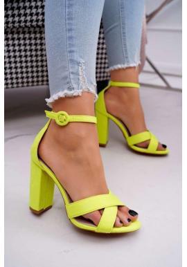 Neonově žluté semišové sandály na stabilním podpatku pro dámy