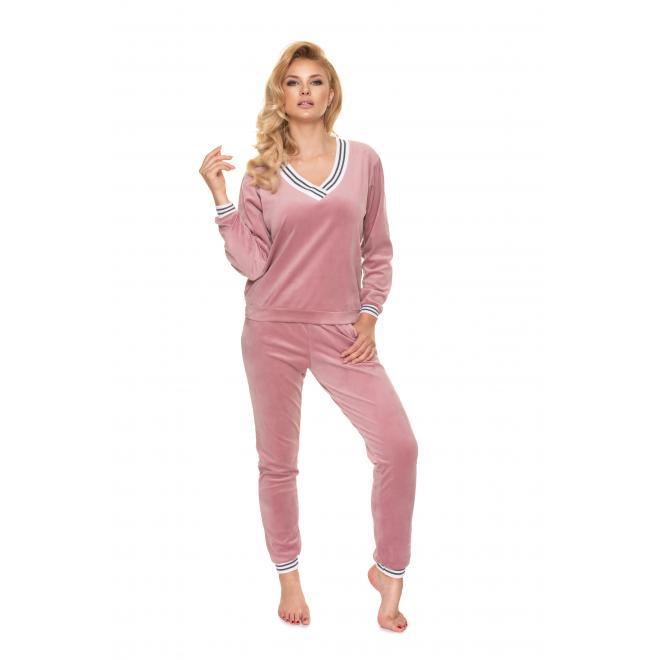 Růžový velurový komplet s kontrastním lemem pro dámy